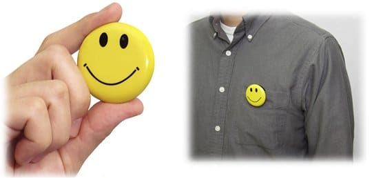 chobi-cam-smile-smiley-badge-camera-1