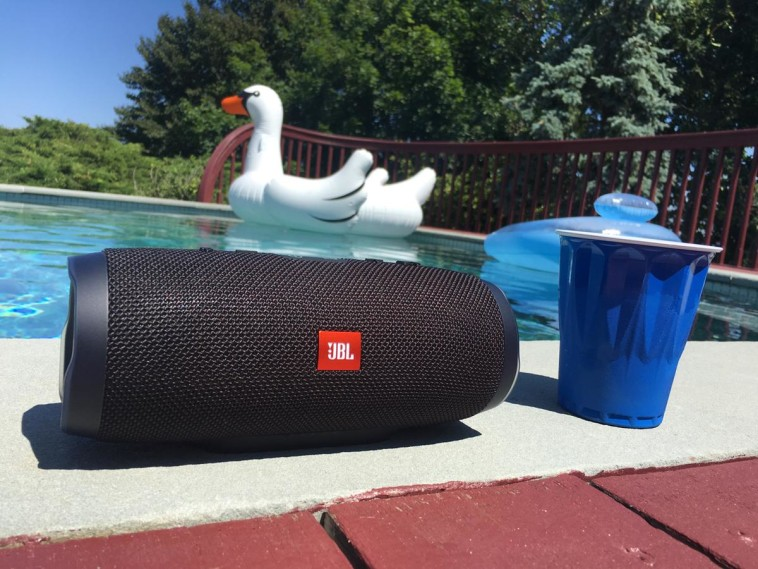 JBL Charge 3 Waterproof Speaker Review – Chip Chick